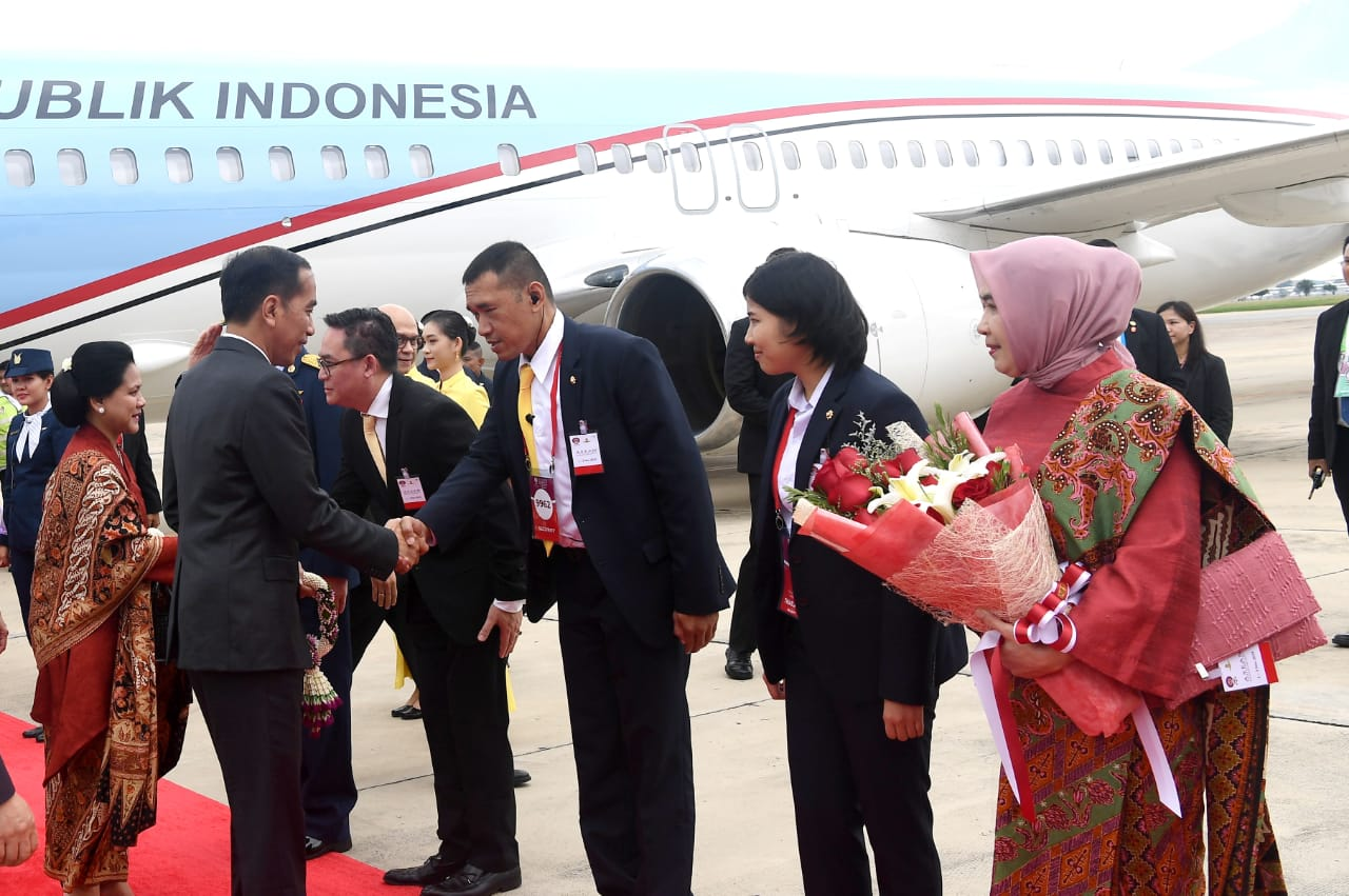 Photo of Presiden Jokowi Tiba di Bangkok