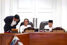 Photo of Presiden Targetkan Draf RUU Omnibus Law Selesai Minggu Ini
