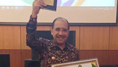 Photo of Terima Penghargaan, Wali Kota Ajak Semua Pihak untuk Rawat Kerukunan dan Peduli Terhadap Keberagaman
