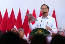 Photo of Presiden Serahkan 2.500 Sertifikat Hak Atas Tanah untuk Rakyat di Manggarai Barat
